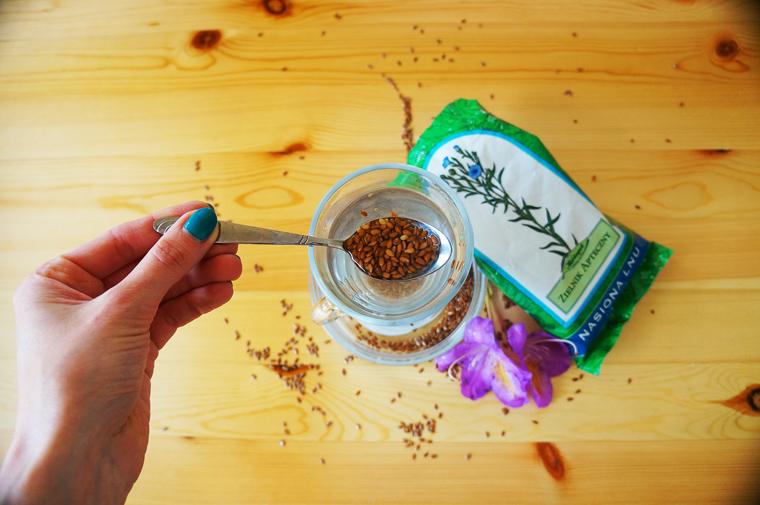 7 skutecznych sposobów nazaparcia - nasiona lnu Herbapol